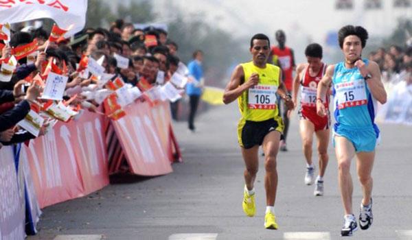 2015扬州鉴真国际半程马拉松赛