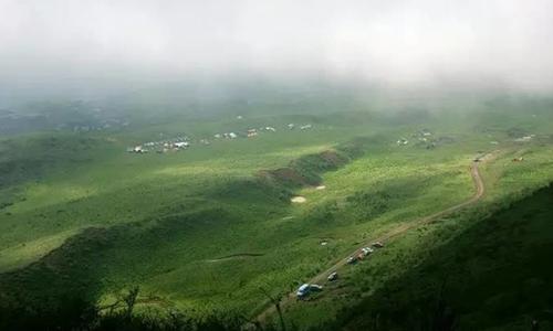 四川汉源首届轿顶山越野马拉松