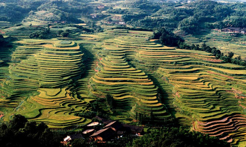 """贵州.赤水""""天鹅堡杯""""第四届穿越中国侏罗纪山地自行车爬坡赛"""