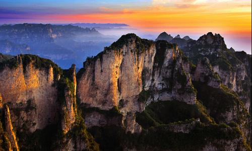 南太行郭亮村-锡崖沟舌尖上的中国-两省三挂壁5日轻装徒步