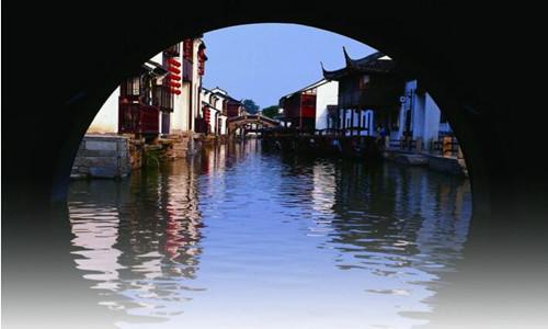 2016第七届苏州环金鸡湖国际半程马拉松