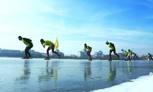 2015-2016年度全国速度滑冰马拉松赛——新疆站